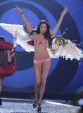 th_01911_Victoria_Secret_Celebrity_City_2007_FS547_123_211lo.jpg