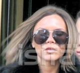 dVb eyewear / Victoria Beckham eyewear - Page 4 Th_83895_november18th2006a_122_353lo